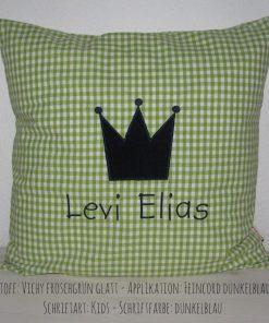 Kissen mit Namen und Krone grün