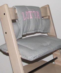 Sitzkissen Tripp Trapp mit Namen und Blockbuchstaben